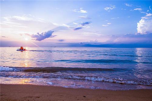 早上暖心问候语 阳光正好,微风不燥